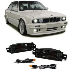 Set frecce anteriori TUNING per BMW Serie 3 E30 10/1987-1994 nere, con luce di posizione