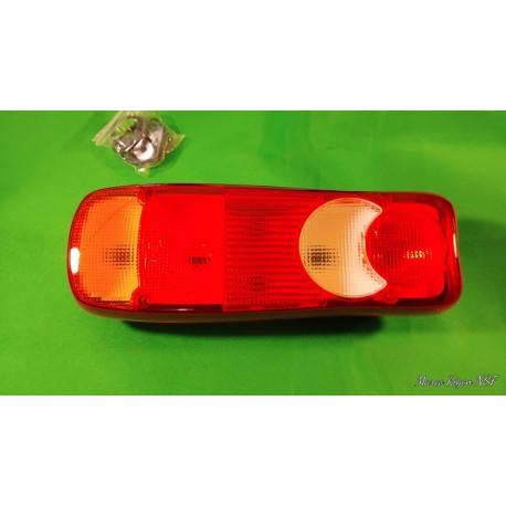 Faro fanale posteriore sx NISSAN CABSTAR RENAULT TRUCK furgone con luce targa e portalampada