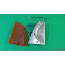 Freccia anteriore dx INNOCENTI MINI 90 completa  con portalampada CARELLO 11398716 16398000