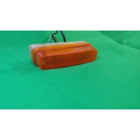 Freccia anteriore arancio ALFA ROMEO ALFETTA 2000 vari modelli con portalampada Aric 11842000